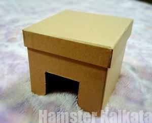空き箱を使った巣箱